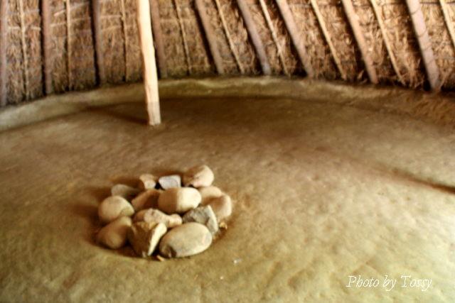 円形竪穴住居 内部2