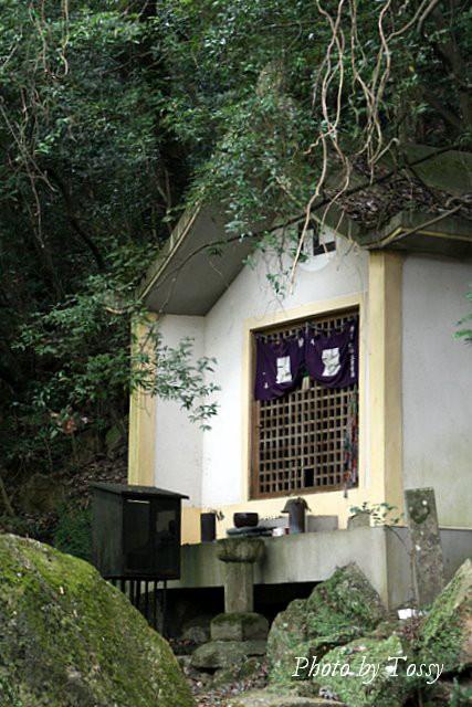 奥の院 地蔵堂
