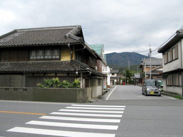 鳥居本駅前
