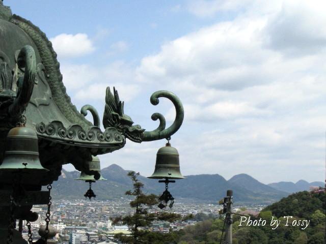 青銅の大灯篭