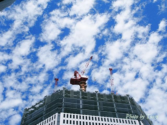 建設途上の阪急百貨店
