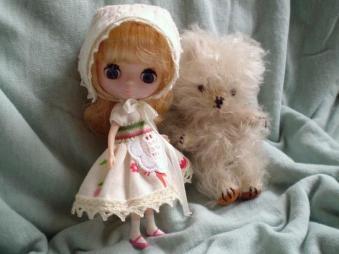 doll market