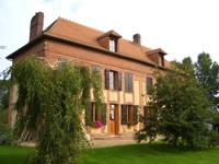 farmhouse_front.jpg