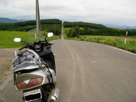 就実の丘への道