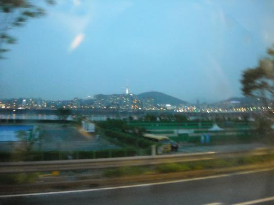 車中からのソウルの灯2