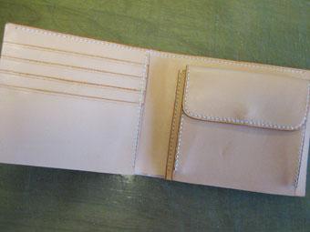 財布の中面