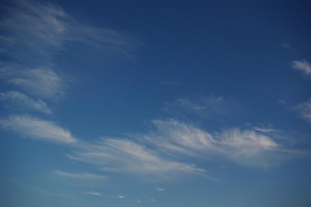 見上げた空は・・・