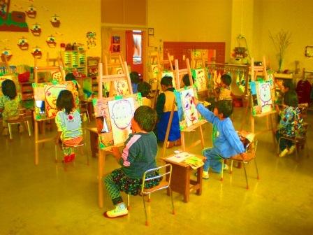 ふたば西保育園美術教室の様子