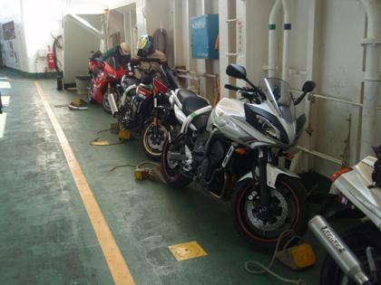 フェリーバイク110205