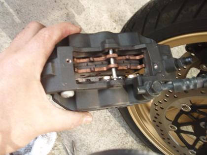 ZRXブレーキ整備100214
