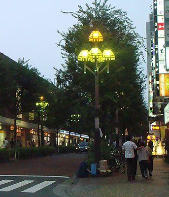 新宿の街灯