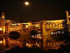 250px-Ponte_vecchio_at_night.jpg
