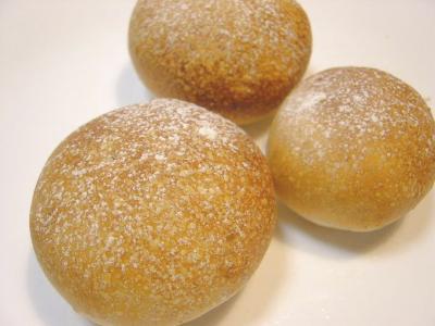 20080128ヨーグルト酵母くるみパン