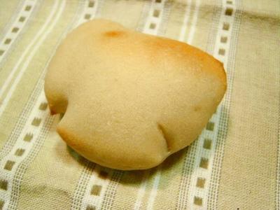 20080404ヨーグルト酵母でクリームパン