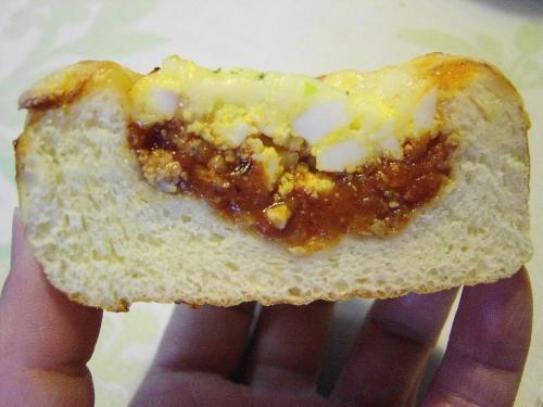 20080514ミーソースのパン断面