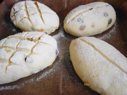 20080711ドライフルーツと胡桃のパン仕上げ発酵後