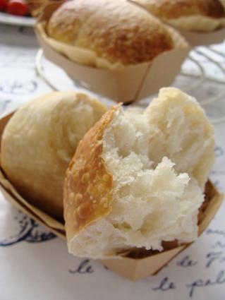 いちご酵母パン2
