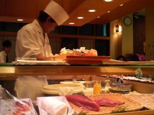 今度は寿司かい?