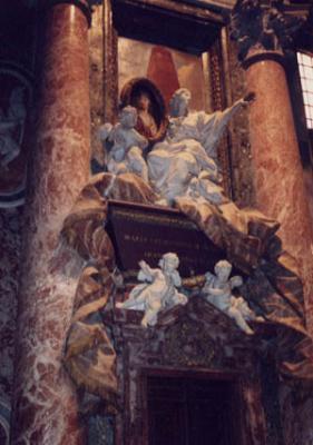 サンピエトロ寺院内部03