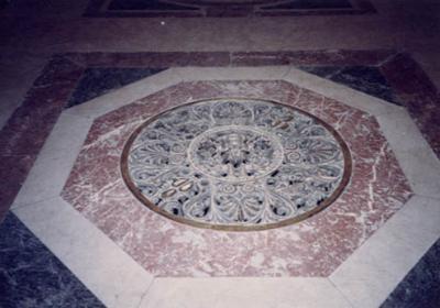 サンピエトロ寺院内部05