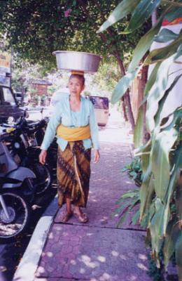 ウブドゥの女性