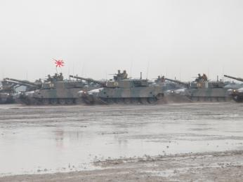 観閲前部隊移動_第73戦車連隊