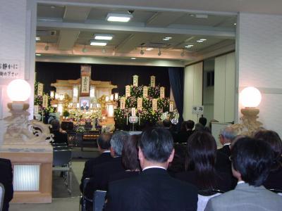 恩師の葬式でクラス会