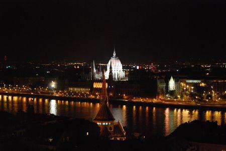 国会議事堂ライトアップ