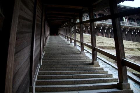二月堂階段