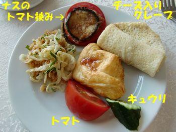 タシケントの朝御飯。