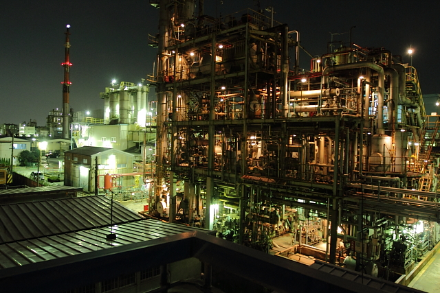 川崎 工場燃え1