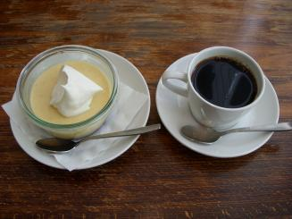 エルマーズグリーンカフェ(プディング・ドリップコーヒー)