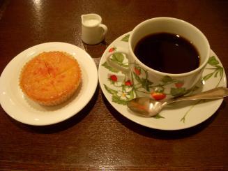 珈琲散歩(きいちごのマドレーヌ・春味)