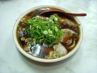 新福菜館(中華そば¥550)
