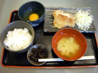 美味卯(基本セット¥390+鳥のステーキ(塩)¥290)