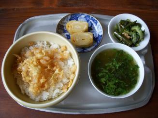 CAFE六丁目(御定食!海老入り天ばらごはん&2種の小鉢&スープ¥1500)