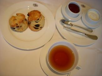 TWG Tea(スコーン・トルコの紅茶)