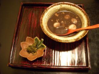 茶々工房(ごまのお汁粉¥450)