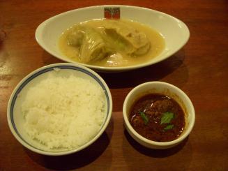 洋食屋 新宿アカシア(極一+ロールキャベツ2貫(ライス付)¥1150)