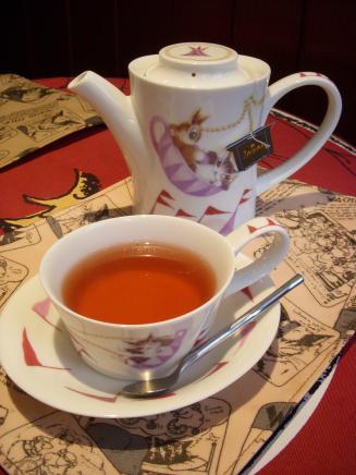 わちふぃーるどラビリンス店 ダヤンカフェ(セットの紅茶)
