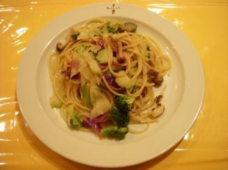 Guccina(野菜のアンチョビ風味スパゲッティ¥1050)