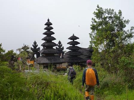 パッサルアグン寺院