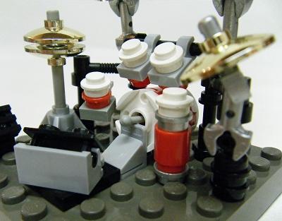06drum-pedal.jpg