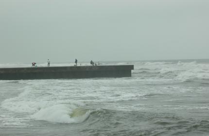 NBK対岸