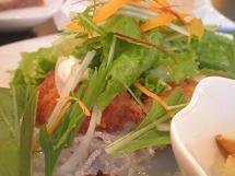 白身魚のフライ サラダ仕立て