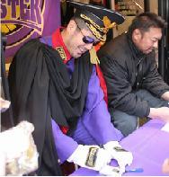 高田総統とモンスターK