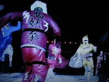 鬼妖拳とハッスル仮面イエロー