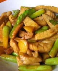 豚肉とアスパラガスの炒め物10
