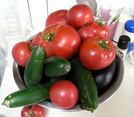 なす。トマト。きゅうり。