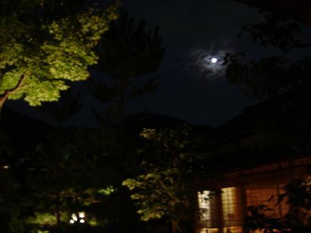 高台寺から月